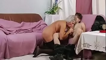 son cums on mom - MOTHERYES.COM