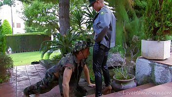 Exotic Guerilla Babe Getting Pounded In The Jungle thumbnail