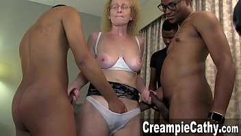 Flooding orgasm - Young bbc creampie