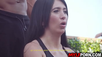 Linda Gonzalez is super focused on her workout routine. Her horny coach Jesus Reyes will always give her a fuck massage after their workout routine.