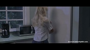 Pamela Anderson in Scary Movie 3 (2003) thumbnail