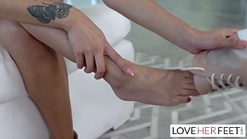 Avery Black Loves Feet Fucking Her Boyfriends Friend 35 sec