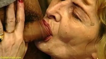 ugly 81 years old mom rough fucked 12 min