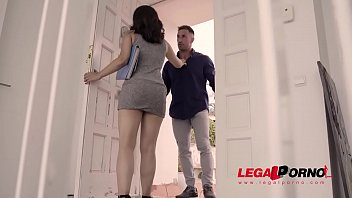Extremely Hot Latina Teen Ginebra Belluci Takes Big Veiny Dick For A Hardcore Ride Gp592
