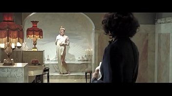5881 Amy Adams nude in Miss Pettigrew Lives for a Day preview