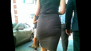 thick ass in tight dress