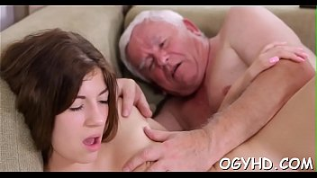 Olfd fart licks young pink twat