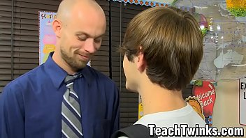 Young twinks sucking teachers dick Stud drills one of his young students after oral foreplay