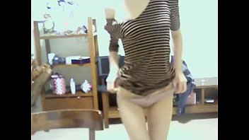 Cute Korean Girl Shows Off On Webcam - Niktsieniedowie.pl