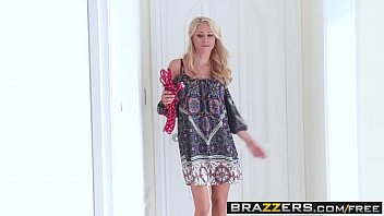Moms in cyberspace tgp - Brazzers - moms in control - alex grey, katie morgan - ticklish pussy
