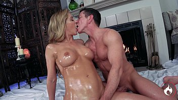 Sensual Suite: Cherie DeVille & Laz Fyre -*FULL VIDEO* Passionate Oiled Sex 37分钟