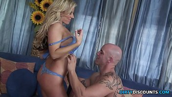 Busty cougar facialized by the babysitter | Video Make Love