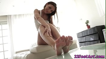 Babe gets feet fucked and soles spermed