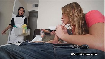 Couple invites maid for a hot fuck 6分钟