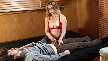 Curvy mature aunt doctor suck video - Sexy psychiatrist does sex therapy - matthias christ