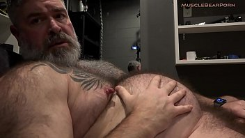 Gay daddies bears porn - Big daddy belly