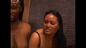 Streaming Video Four busty babes gang bang unsuspecting white boy - XLXX.video