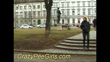 Crazy pee girl in the park sex