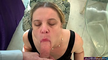 Wife cheats and goes down on her brother-in-law