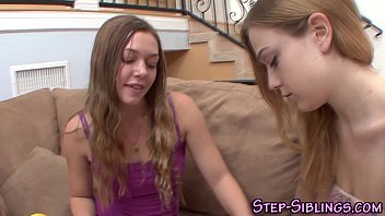 Teen stepsisters eat out