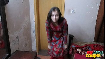 Indian Wife Sonia In Shalwar Suir Strips Naked Hardcore XXX Fuck thumbnail