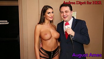 August Ames gives a blowjob lesson for Andrea Diprè - download porn videos