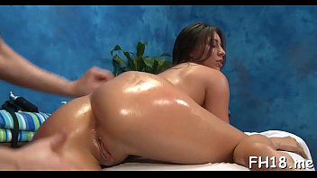 Attractive brunette kitty Rilynn Rae gets rudely fucked