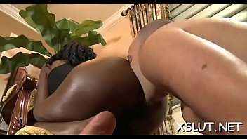 Horny vixen spreads her fine a-hole cheeks and smothers lucky stud