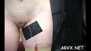 Admirable girlie is masturbating with her sextoy 5分钟