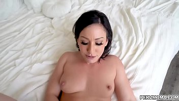 Foot blow jobs rubs - Jennifer white rides stepsons meaty shaft and rubs her clit until she is ready to cum on his rod