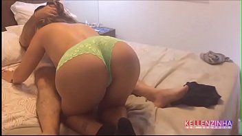 Latina cry fuck Wife receives her uncle at home and fucks until she is roasted while her cuckold is crying with nerves - real strong cuckold - complete on red