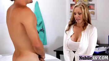 nubile4k-29-12-16-moms-teach-ex-babe-with-her-mommy-wash-off-bfs-dick