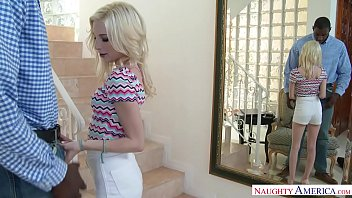 Tiny Teen Spinner Piper Perri Fucks At the Office 22分钟