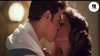 Hina Khan First Sex Scene With Rohan Shah From Hacked