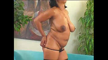 Mature cuger Mature big ass-frenchie