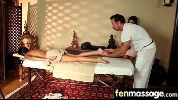 Teen massage gives stud happy ending 6