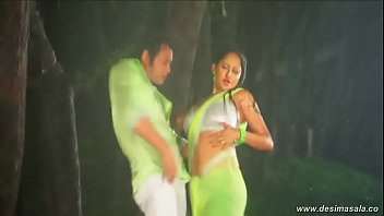desimasala.co - Beautiful actress hot wet rain song from bengali movie