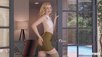 Adult costume pimp Charlotte stokely unzips her skirt