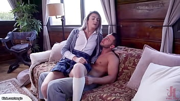 BF dominates MILF and her stepdaughter