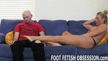 I need to get my feet worshiped NOW!