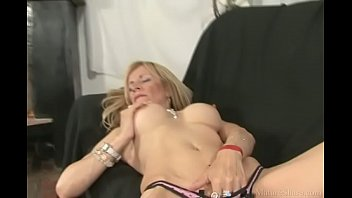 Streaming Video Goodly blonde masturbating pussy and getting nailed hard - XLXX.video