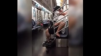 couple have sex on the subway in Recife