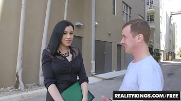 RealityKings - Milf Hunter - (Cassandra Cain) (Jessy Jones) - Milf Crazy