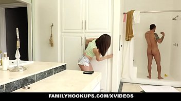 Naked daughter in shower movies - Familyhookups- sexy teen sucks off stepuncle in shower