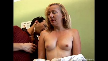 Awesome mature amateur is a super hot fuck