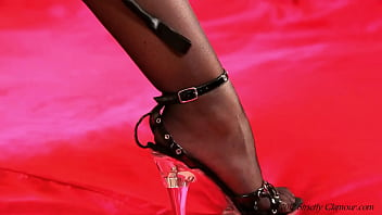 Foot Fetish Lovers Rejoice Mistress Bryoni-Kate Delights You With Intricate Closeup Feet Fondling And Stiletto Teasing 34 sec