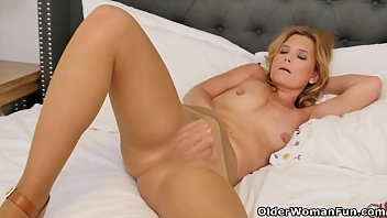 Hot nylon milfs - An older woman means fun part 117