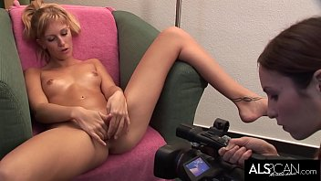 Brunette Films a Blonde Getting Herself Off