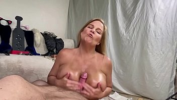 MILF Gives Baby Oil Boob Job