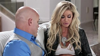Jessa Rhodes fucks her hubby's best friend thumbnail
